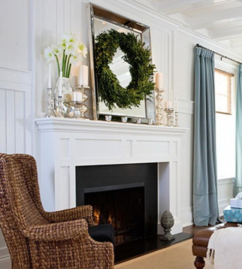 Inspiring-Holiday-Fireplace-Mantel-Decorating-Ideas_09