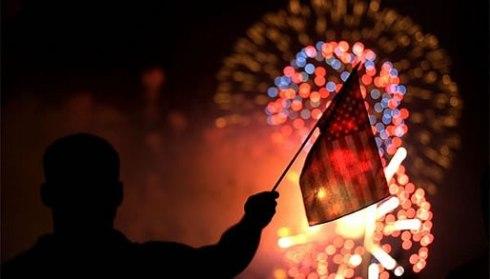 flag-fireworks_1