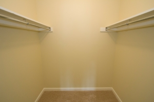2nd bedroom, upstair- walk-in closet
