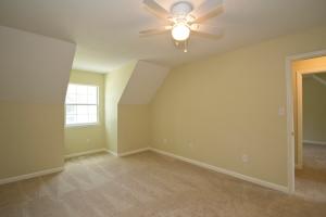 3rd bedroom, upstairs